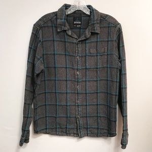 Prana • Men's Breathe Button Down Size Medium